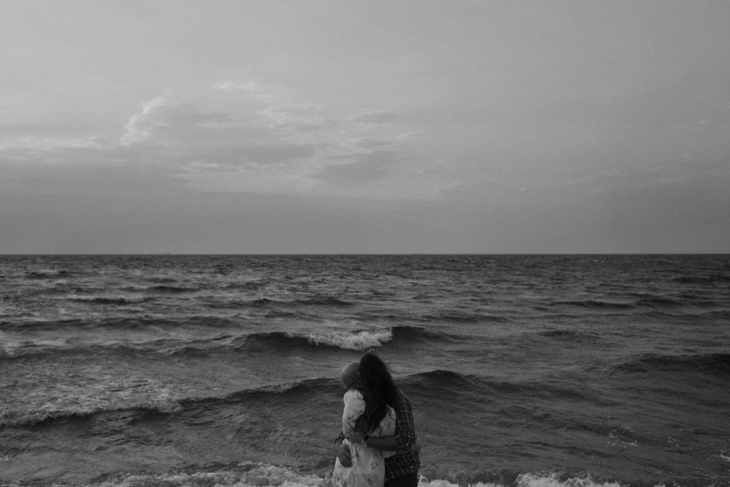 narzeczeni na plaży