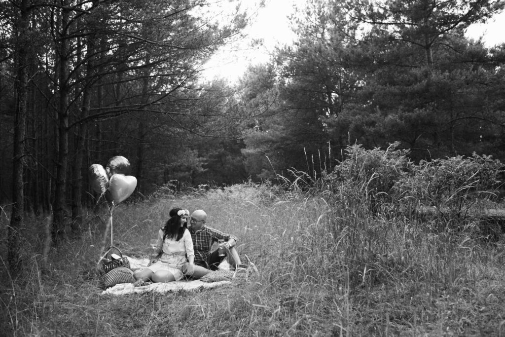 sesja plenerowa w lesie